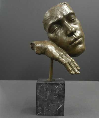 Salvador Dalí - Maska