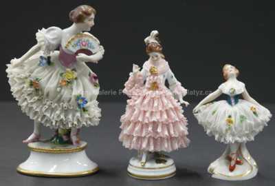Porcelán - Konvolut tří porcelánových panenek