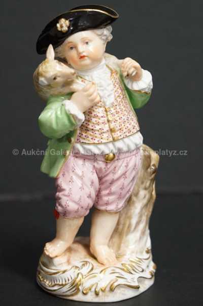 Porcelán - Chlapec s ovečkou